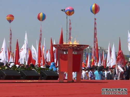 2008年奥运火炬传递_宁夏银川